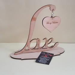 """Instalacion në dru """"Love"""""""