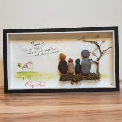 """Art në gur """"Familja"""""""